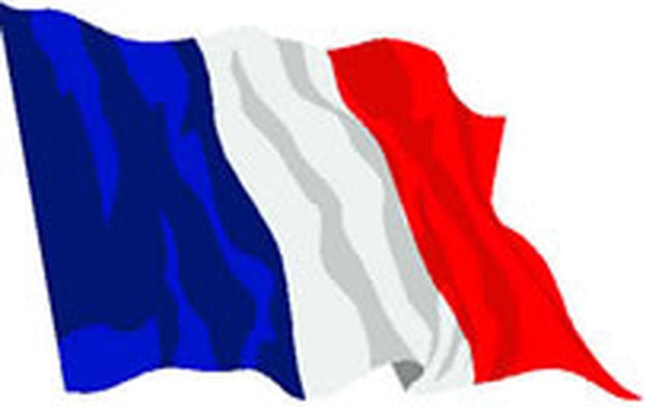 french-flag-fluttering
